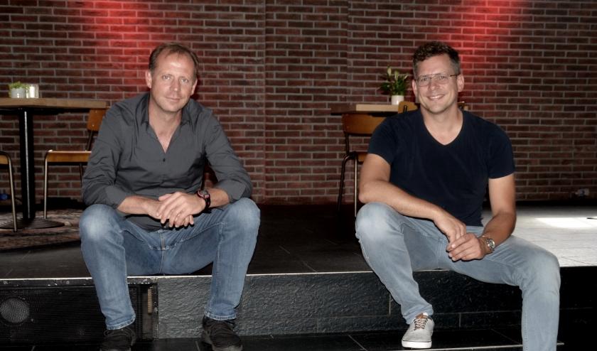 Jasper Somsen (links) en Casper Bijl willen een positieve slinger geven aan de Wageningse culturele wereld (foto: Jan Boer)