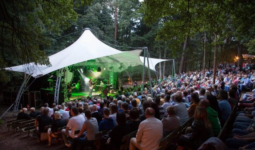 Zoveel publiek mag voorlopig niet bij de voorstellingen in het Openluchttheater aanwezig zijn, maar het wordt zeker weer gezellig.