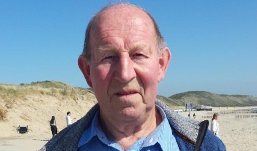 Bram Pattenier op het strand bij Zoutelande. TEKST EN FOTO WELZIJN VEERE