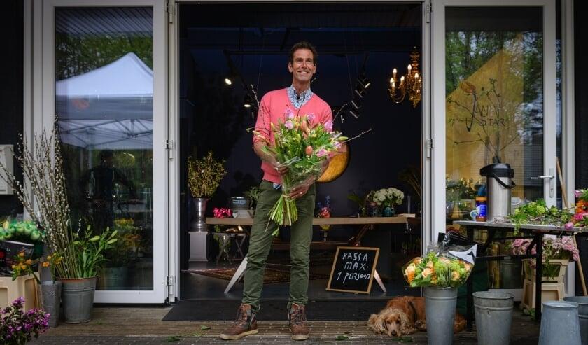 Jan Star nam de bloemenzaak over van zijn vader.