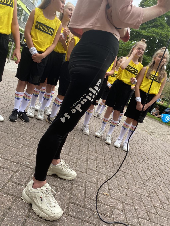 Dansjuf Lisa van den End Foto: Samen voor Woerden © DPG Media
