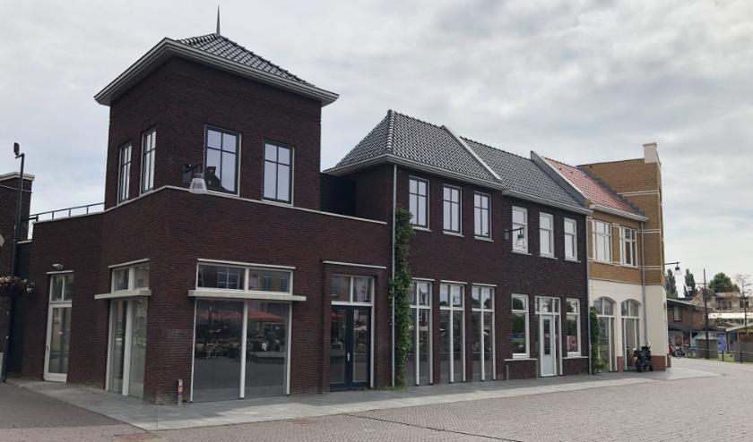 Het pand van Lidl, waarvan de gemeente hoopt dat er horecabedrijven worden gevestigd.