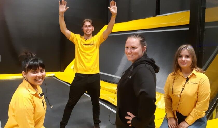 Neha, Mario, Sheeva en Rebecca ontvangen alle sportievelingen graag bij hun Jumpsquare