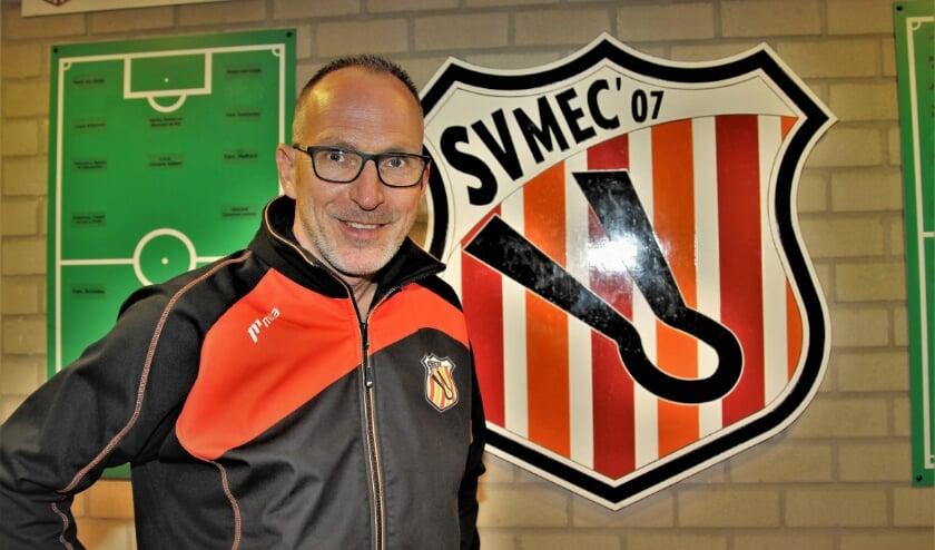 De nieuwe trainer van MEC '07, Piet van Lent, heeft enorm veel zin in het avontuur bij de voetbalclub uit Maurik.
