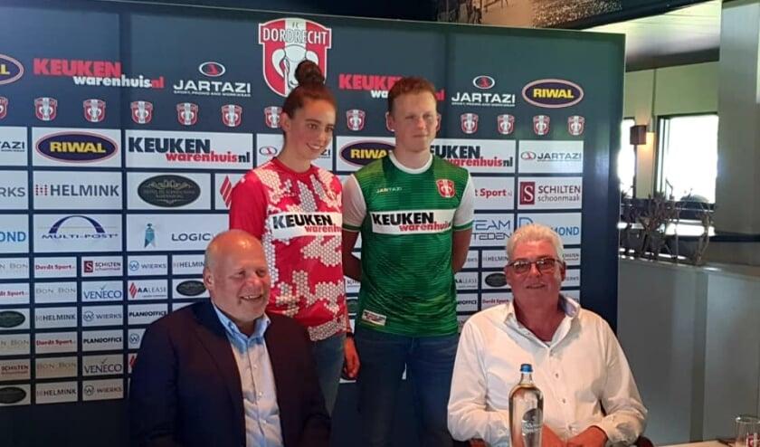 Keukenwarenhuis.nl is de nieuwe hoofdsponsor van voetbalclub FC Dordrecht. Foto: Keukenwarenhuis.nl