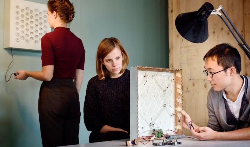 Het project Bio Mirror van ontwerpersduo Alissa+Nienke is een van de initiatieven dat door het impulsprogramma wordt ondersteund.