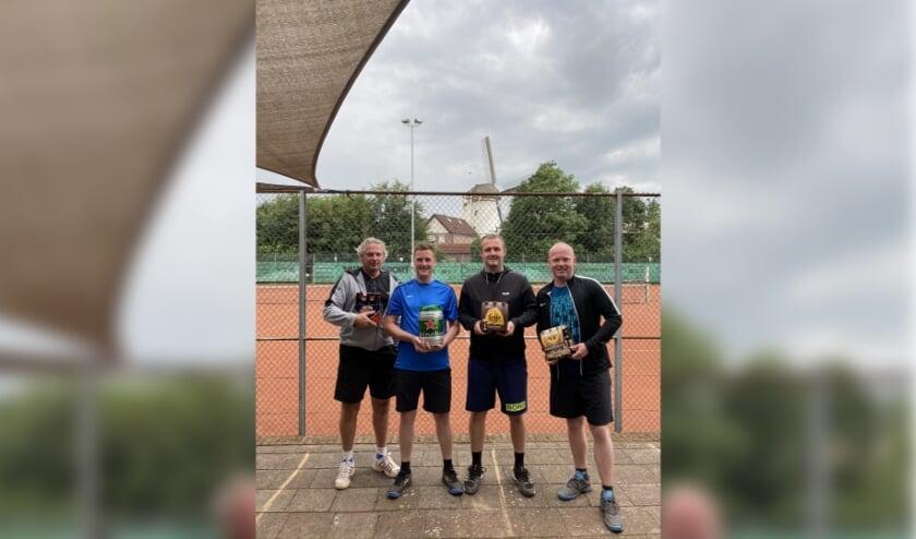 Van links naar rechts: Norbert Teunissen, Niels Kock, Joost Geurts en Robin Krabben. (foto: Jos Jansen)
