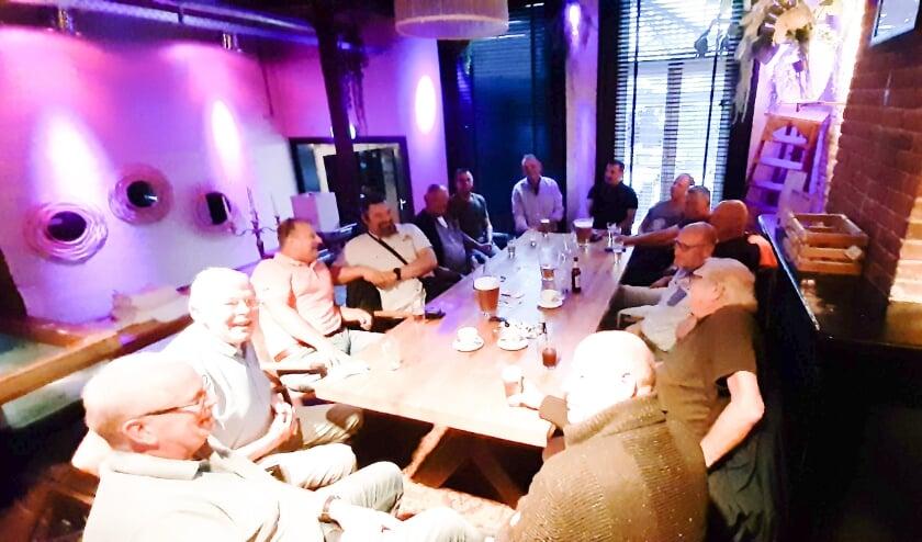 Het veteranencafé van VCA is elke tweede dinsdag van de maand. (Foto: Bernard Schutte)