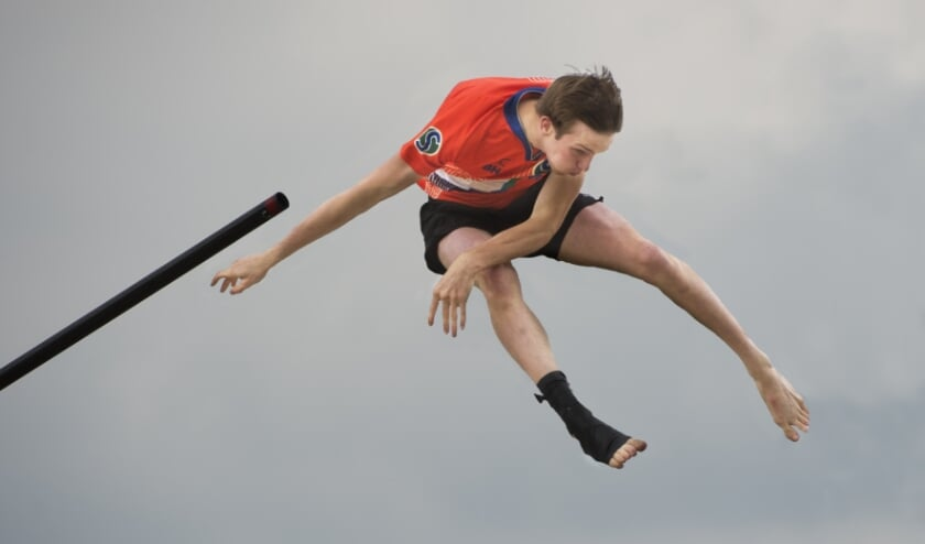 Junior Lucas van Eijk zou met zijn 19.88 meter zelfs tweede geworden zijn bij de toppers van de senioren. (Foto: Erik van Kordelaar)