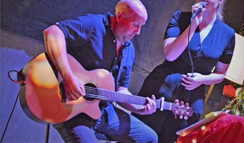 Akoestisch duo Refined staat op 8 augustus op de planken van de Muziektent. Foto: Gerard Tavenier