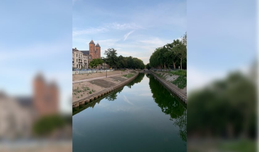 In steeds meer delen van het laatste stukje singelgracht staat water. Foto: gemeente Utrecht