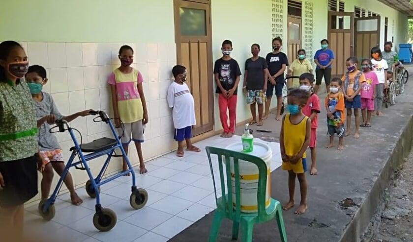 Het coronavirus heeft ook in de kindertehuizen van Yayasan Nativitas op Flores (Indonesië) een grote impact gehad. Mede dankzij Stichting Harapan zijn de kindertehuizen de afgelopen maanden goed doorgekomen.