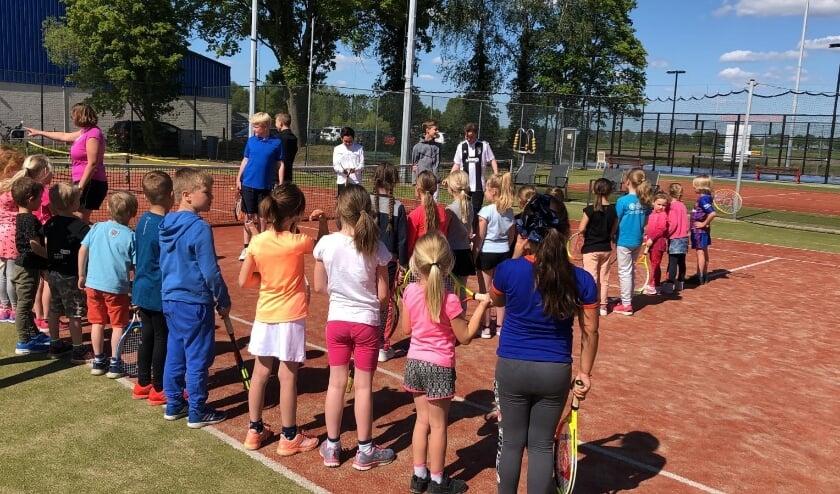 Bij ATC Veenhorst is weer plek voor de allerkleinste tennissers. (Foto: Veenhorst)