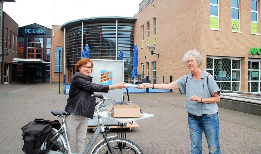 Vrijwilligers voerden afgelopen weekend actie voor De Enck om voor Oirschot te redden wat er te redden valt.