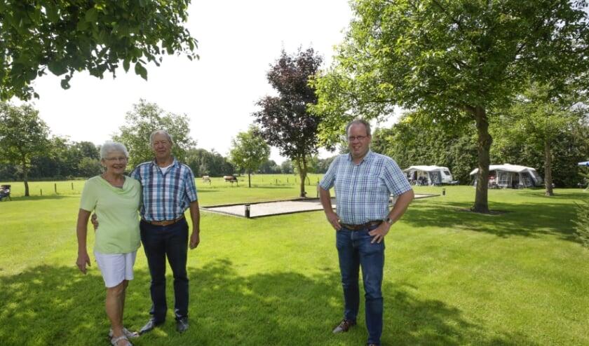Van links naar rechts: Toos, Jan en Johan Bax. Foto: (Jurgen van Hoof)