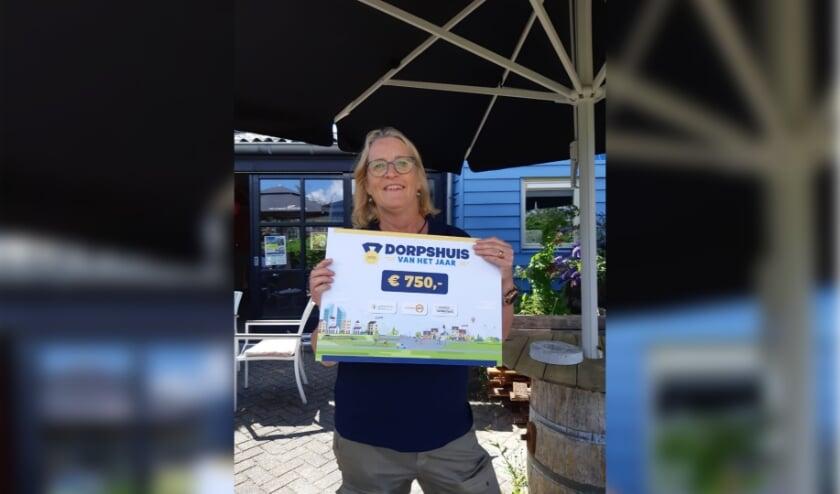 Wijkcoach Alice Versluis is trots op de nominatie voor Dorpshuis van het jaar 2020