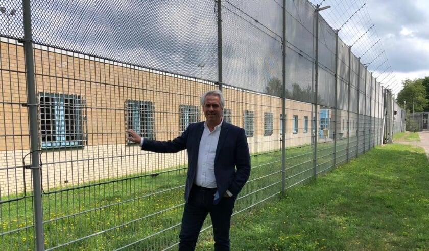 Andre Aarntzen, directeur van PI Vught is trots op zijn personeel en gedetineerden. Samen zijn zij de coronacrisis goed doorgekomen.