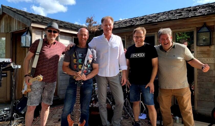 De Ambachtse band SOLID. (Foto: Privé)