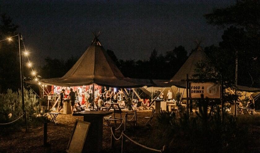Pop-up terras Glamp Outdoor Camp door Sunfield Photography