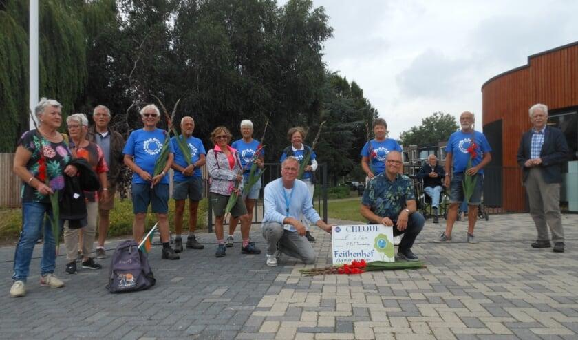 De vierdaagse-wandelaars werden zaterdag 25 juli gehuldigd bij het Nieuwe Feithenhof.