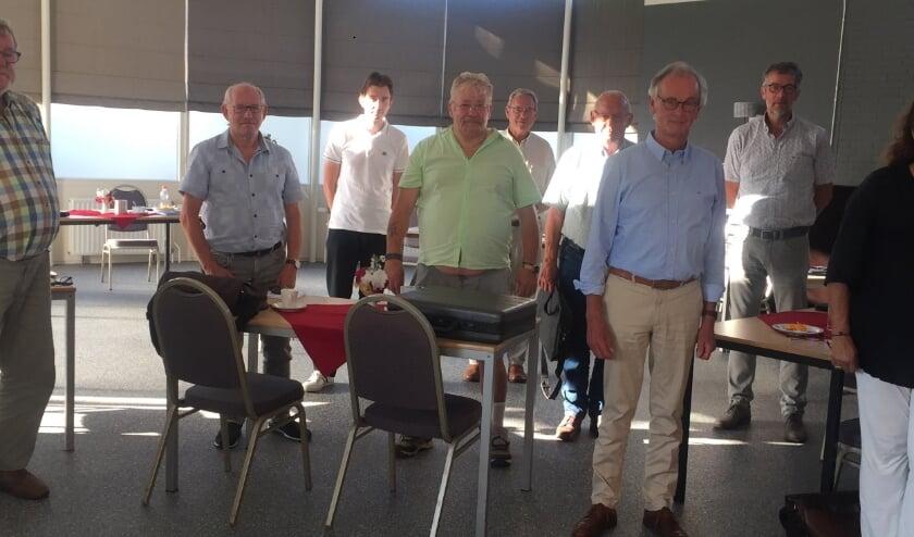 Van links naar rechts: Dick, Wout, Niels, Dies, Gerard, Jan, Theo, Lian, Aliek