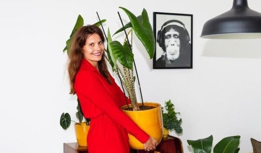 Suzanne Streefland: 'Volgens mij gaan mensen steeds meer de waarde van groen en natuur in de stad zien. We zijn meer in en om huis, dus dan wil je ook planten om je heen.'