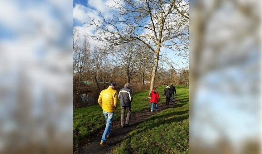 Voor de groep jonge mensen met dementie is er een speciaal sportprogramma. Foto: Jan Baars