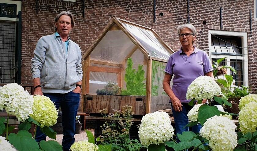 Bij de dagbesteding van Tuingezel brengen de deelnemers hun tijd door in een groene omgeving. Foto: Robbert Roos