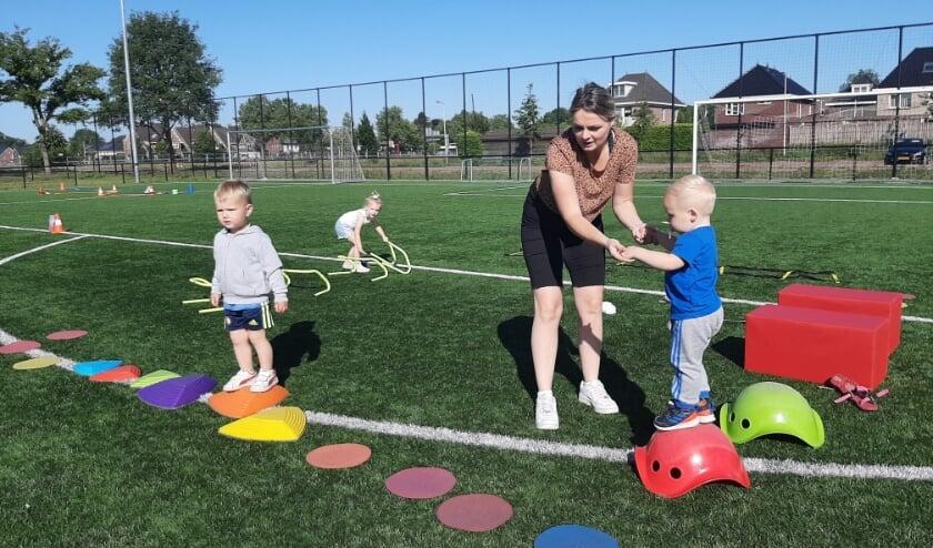 De Ouder & Kindgym in Bornerbroek begint weer. (Foto: Sportbedrijf Almelo)