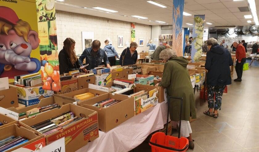 Weer een volle boekenmarkt in Bennekom.