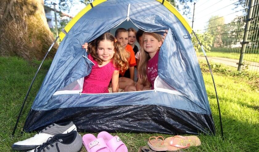 Summerprikko is van start, ook Kindcentrum de Werf pakt uit in speeltuin De Regenboog. (Foto: Zefanja Hoogers)