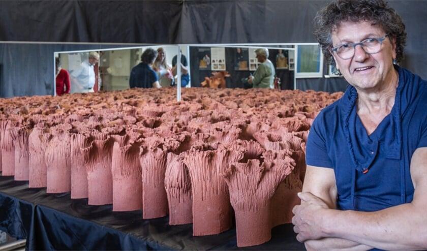 Twan Hendriks liet zich door de diagnose Parkinson niet uit het veld slaan. Sterker nog, hij liet zich door de ziekte inspireren tot een kunstwerk. Daarmee wil de Tilburger geld ophalen voor onderzoek naar de ziekte.