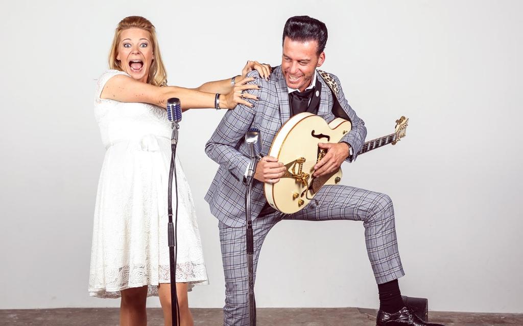 Het muzikale duo William Smulders en Lieke Grey. Foto:  © DPG Media