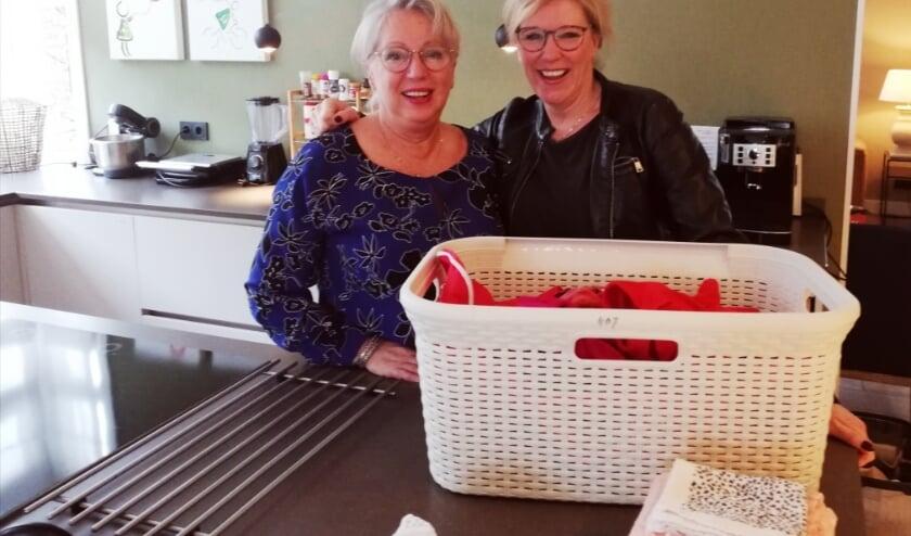 Rita Visser en Juliette Manders, vrijwilligers bij het Ronald McDonaldHuis in De Bilt.