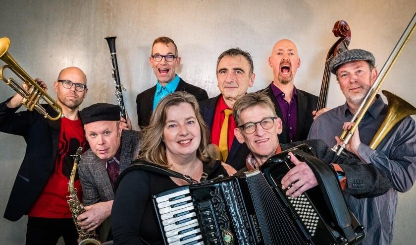De fameuze Amsterdam Klezmer Band is een van de vele acts tijdens de Zomerfabriek.