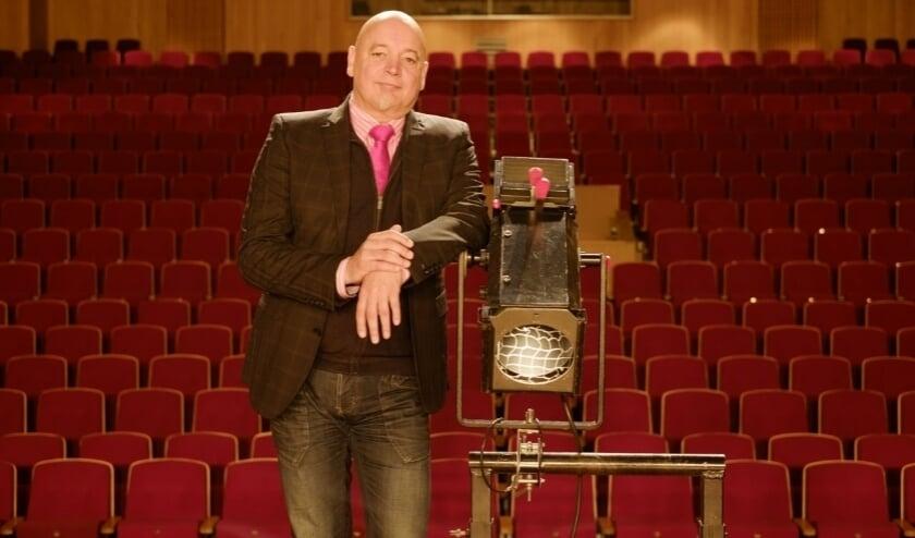 Theater-directeur Rob Roos is enorm trots op het programma dat gepresenteerd gaat worden.