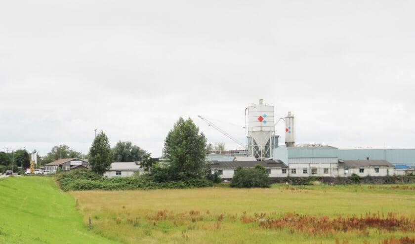 Het bedrijfscomplex van betonproducent Struyk Verwo aan de IJsseldlijk in Westervoort.