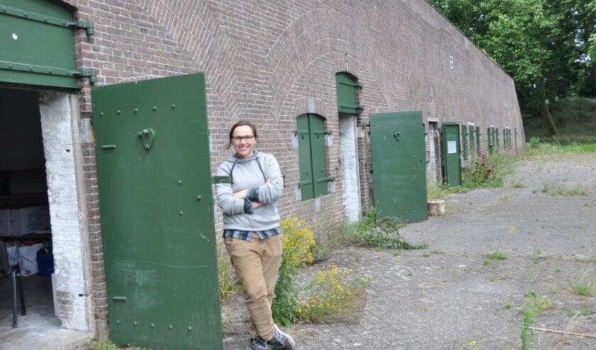 Maaike Kramer Van het Kunstenhuis bij Fort Ruigenhoek: 'Een geweldige plek.' FOTO: Julie Houben