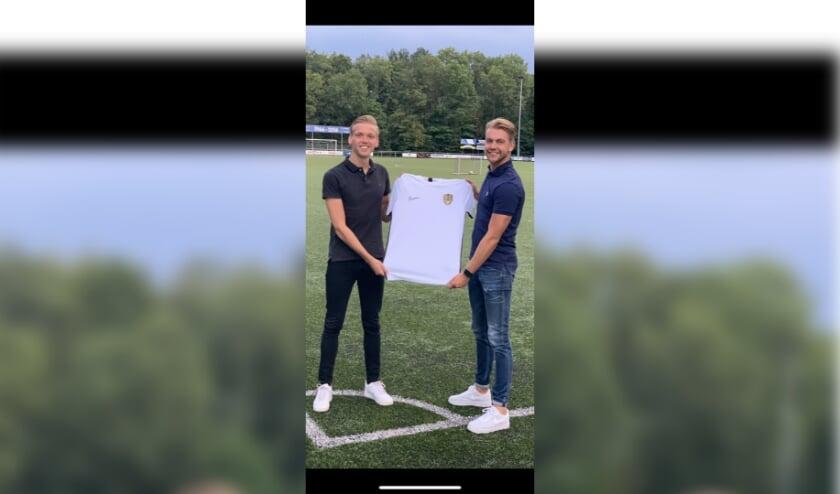 Stephan Dijkink (links) en Daan Jalving vormen samen DS Voetbalschool.