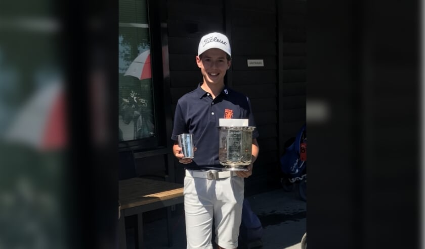 Loran Appel winnaar NK Golf t/m 18 jaar.
