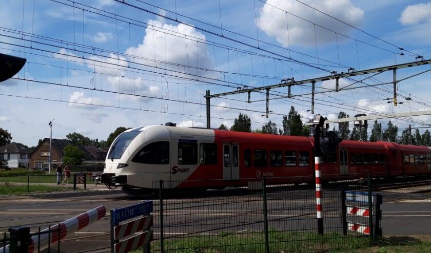 Vanaf morgen rijdt de trein vanuit Didam niet verder dan Zevenaar. Daarna worden bussen ingezet. (foto: Danny van der Kracht)