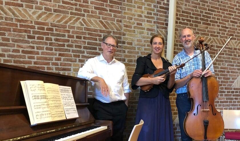 <p>Rob van Heck,&nbsp; Ruth Walpot en Feico Halbertsma</p>