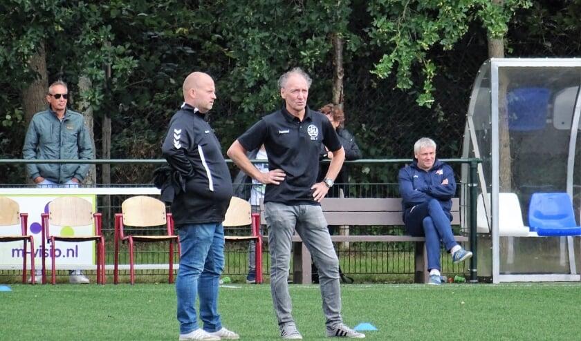Jan Gaasbeek (rechts) en Marcel van Maanen zwaaien dit seizoen de scepter bij SKV.