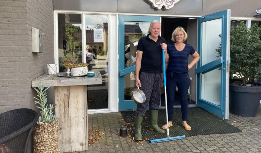 <p>Marcel en Judith Beekman blijven lachen, ondanks de tegenslagen. Foto: Karin van der Velden</p>