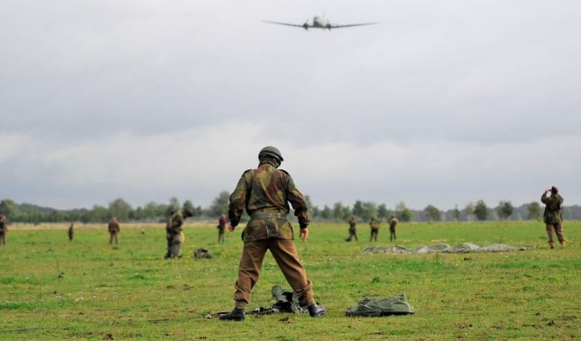 <p>Geen massale herdenkingen of parachutisten op Renkumse en Ginkelse heide.</p>