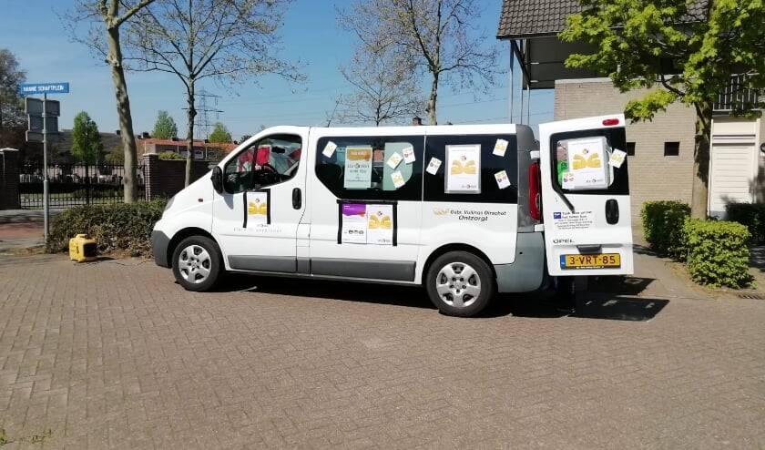 """<p>De LEVBest bus gaat ook na de zomer de wijk in. Heeft u nu al vragen? Bel met 0499-770110, of mail naar <a href=""""mailto:infopuntbest@levgroep.nl"""">infopuntbest@levgroep.nl</a>.</p>"""