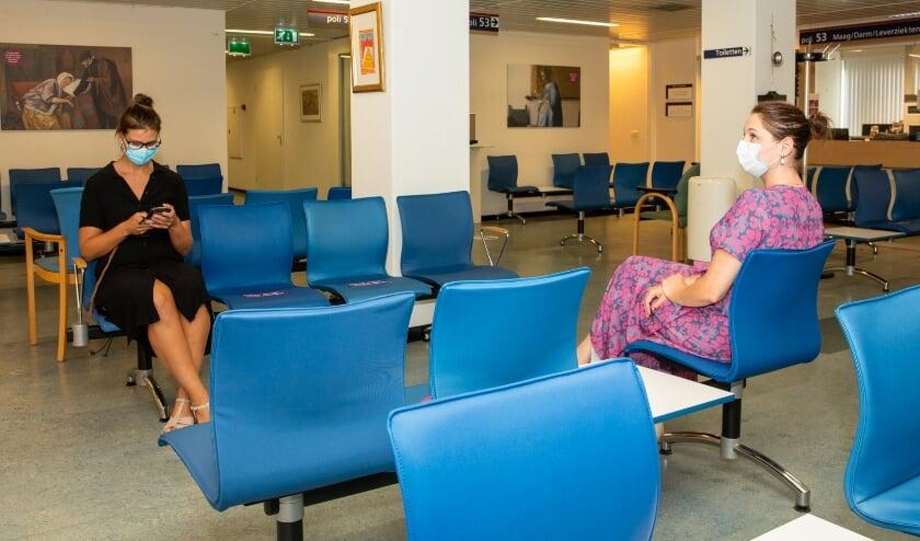 Mondkapjes verplicht in wachtruimten poli's en onderzoeksafdelingen St. Antonius Ziekenhuis.