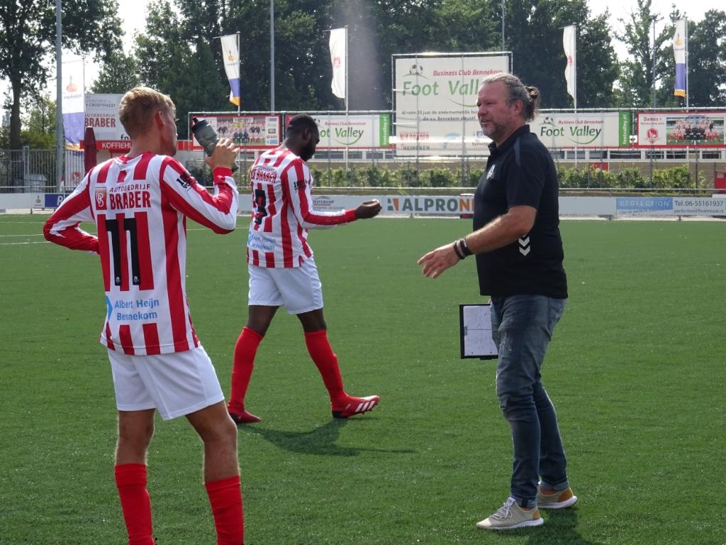 Bennekom-trainer Aad van den Berg was tevreden over het 1-1 gelijkspel dat zijn ploeg behaalde tegen Hoofdklasser Duno. Foto: Dick Martens © DPG Media