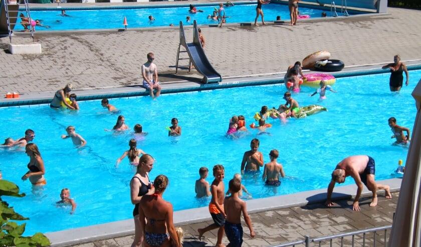 <p>Zwembad de Kleine Oase behoort tot de genomineerden. Foto: archief Rob Langerak</p>