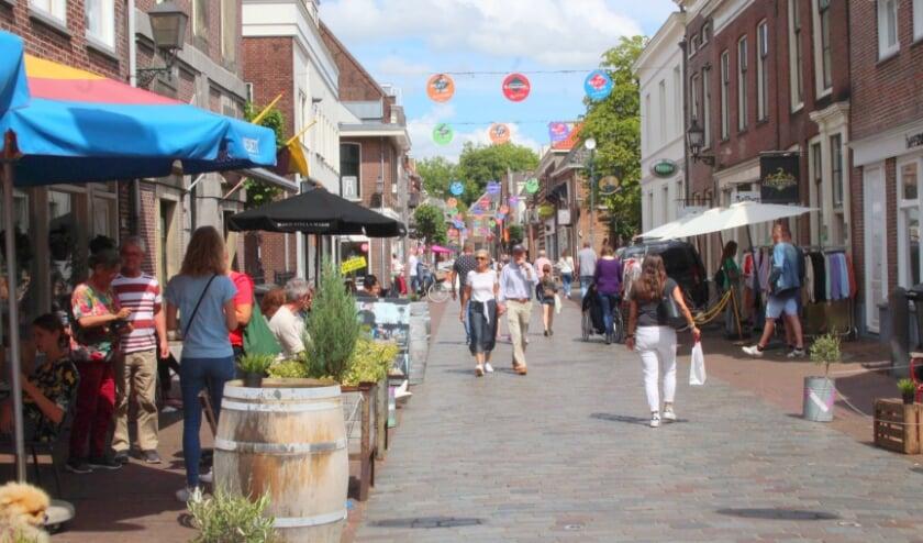 Er wordt hard gewerkt aan de wens van ondernemers en bezoekers van de binnenstad: winkelen en flaneren in winkelstraten zonder leegstand. (Foto: archief Lysette Verwegen)